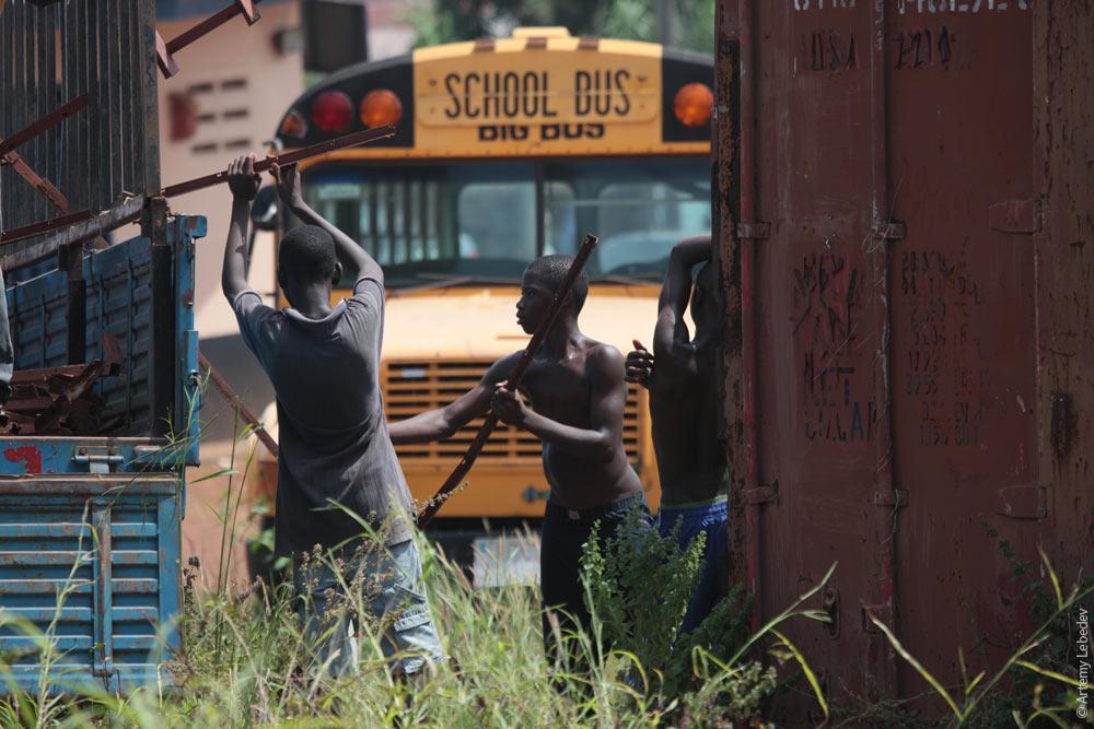 Рука в трусах автобус — pic 11