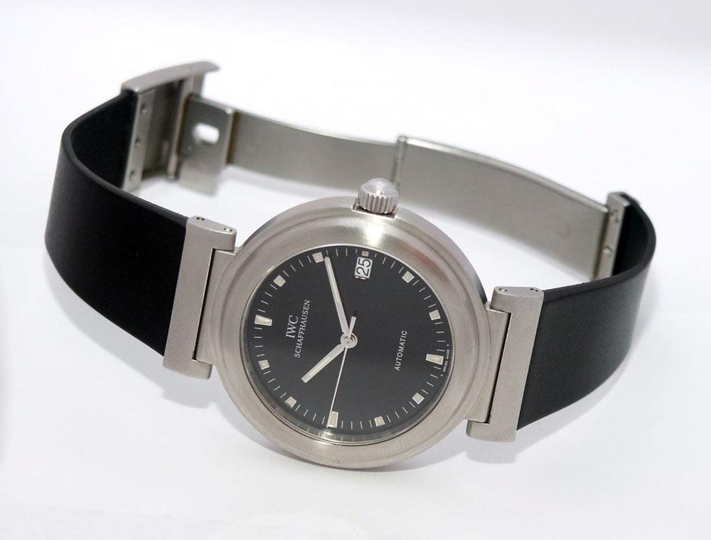 Наручные часы без фона купить женские часы армани спб