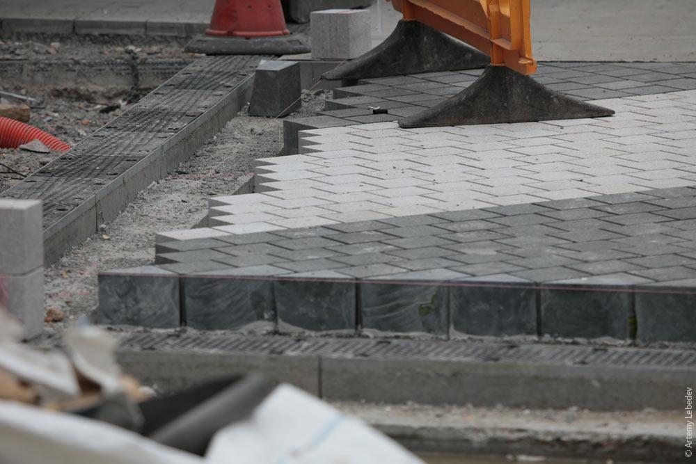 Положить тротуарную плитку в домашних условиях